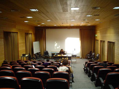Conferência no Auditório do edif�cio do Esp�rito Santo, Universidade de Évora